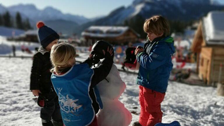 Kriski-kinderanimatie-sneeuwpop-berg
