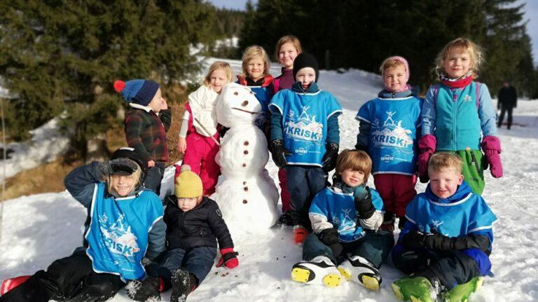 Kriski-kinderanimatie-sneeuwpop-groep
