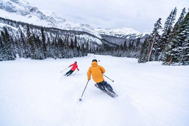 ski in canada